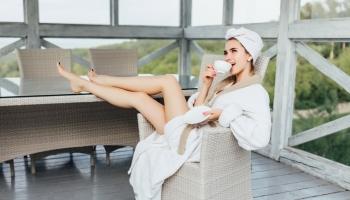 Ľahká starostlivosť o pleť na leto: línia ENERGYNATURE s obsahom bio kofeínu