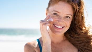 Najúčinnejší anti-aging krém je opaľovací krém