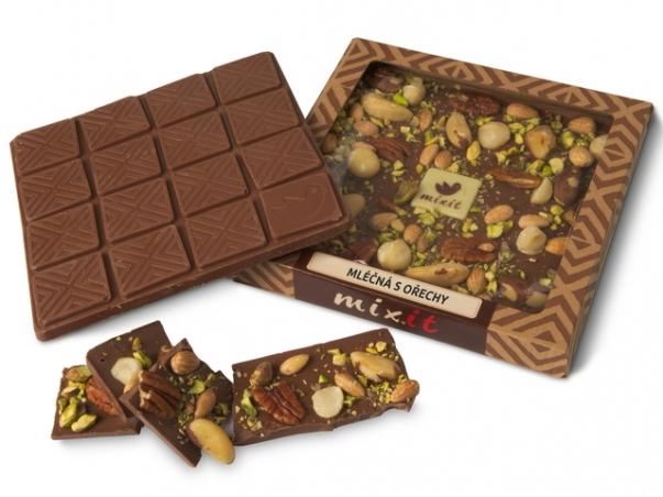 Čokoláda 'Mliečna s orechami'