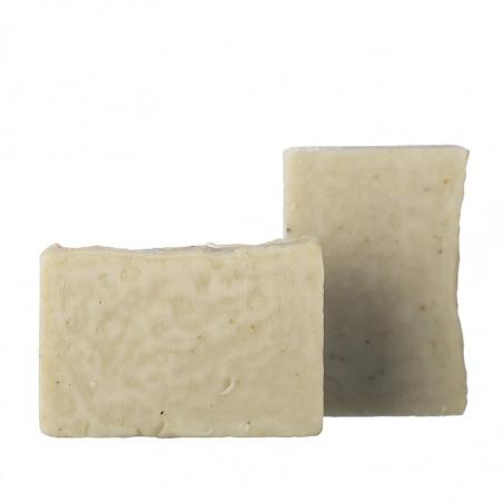 Organický tuhý šampón na umývanie srsti a kože psov a mačiek